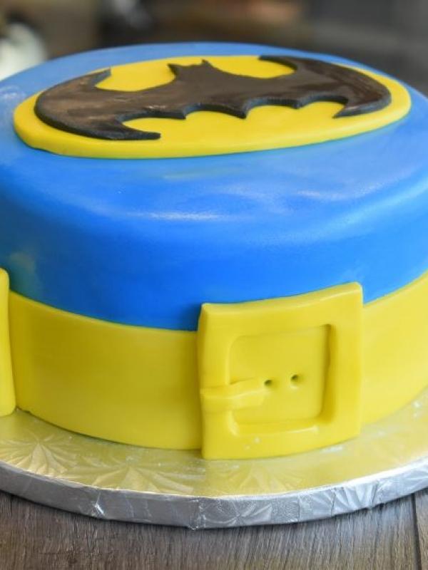 Batman Cake by Goodies Bakeshop